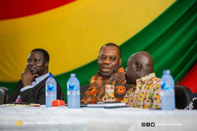 Kumasi: Heads of low performing schools in Northern Ghana meet Education  Minister