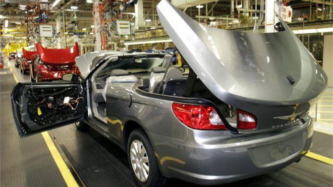 fiat chrysler recalls 1 9 million vehicles for air bag defect. Black Bedroom Furniture Sets. Home Design Ideas